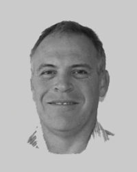 Dr Simon John Nayler (BSc, MBBCh, MMed, FFPath (SA)) is a director and consultant pathologist at Drs Gritzman and Thatcher Inc.