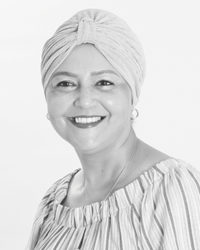 Tasneem Docrat is a three-time breast cancer survivor, the founder of The Brave Bag Foundation, and a board member at Sanca Nishtara and Powerof1000, as well as the PRO at Saaberie Chishty Ambulance. She has over 30 years' experience in the financial services sector.